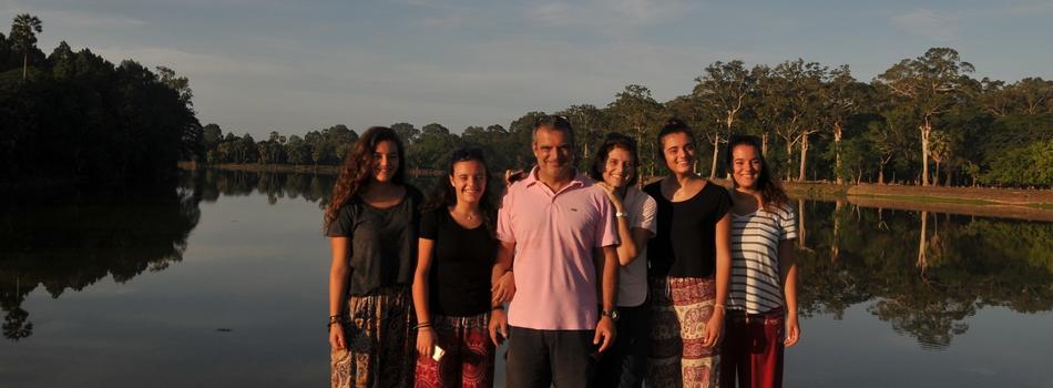 "<a href=""https://www.vacirca.com/?p=3915""><b>2016-06 Cambodia</b></a><p>Reflections on lakes in Angkor Wat</p>"